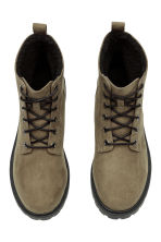 Pile-lined boots - Khaki green - Ladies | H&M 2