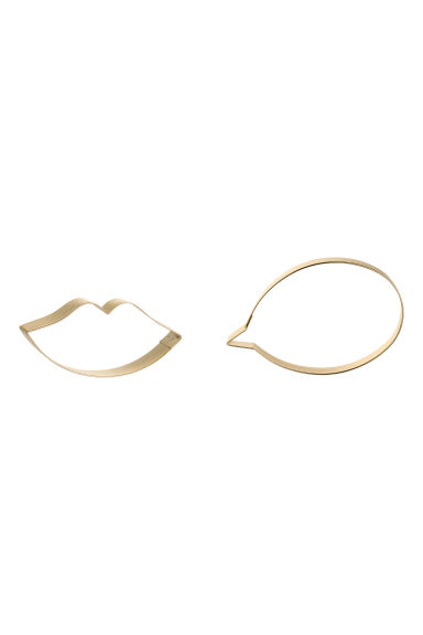 2-pack cookie cutters - Gold-coloured/Lips - Home All | H&M IE 1