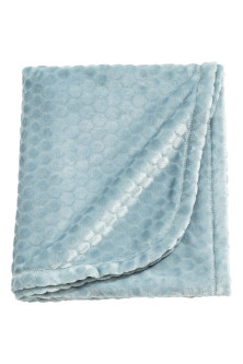 Textured fleece blanket