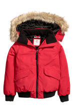 Padded jacket with a hood - Red - Kids | H&M CN 2