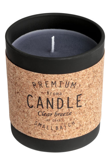 Scented candle in a glass jar - White/Fresh Hay -  | H&M IE