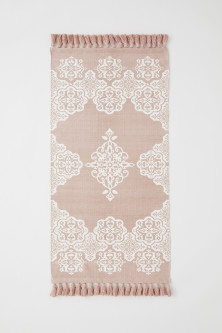 Patterned cotton rug
