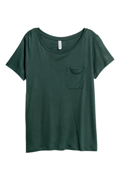 T-shirt with a chest pocket - Dark green - Ladies | H&M CN 1