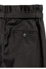 Wide trousers with a belt - Black - Men | H&M 3
