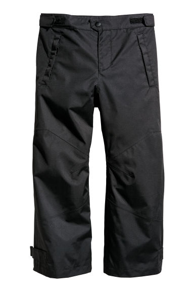 Shell trousers Model