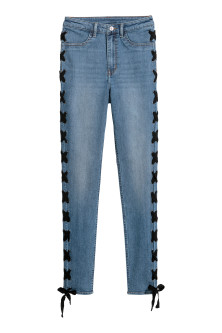 Jeans with lacing
