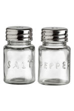 Glass salt and pepper set - Clear glass - Home All | H&M IE 1