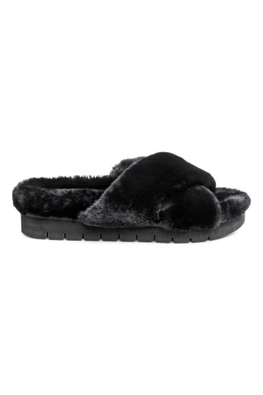 Faux fur slippers - Black - Ladies | H&M 1
