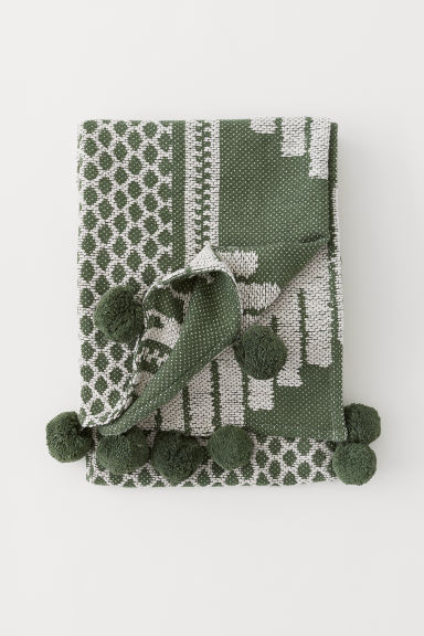 Blanket with pompoms - Green/White patterned - Home All | H&M CN