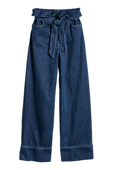 Wide denim tie-belt trousers Model