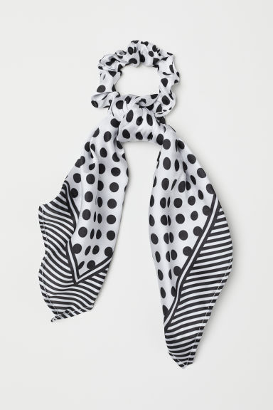 Scrunchie with a scarf detail - White/Black spotted - Ladies | H&M CN
