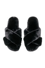 Faux fur slippers - Black - Ladies | H&M IE 2