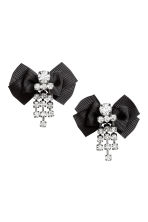 Earrings with a bow - Black - Ladies | H&M CN 1