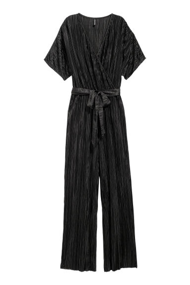 Pleated jumpsuit - Black - Ladies | H&M CN