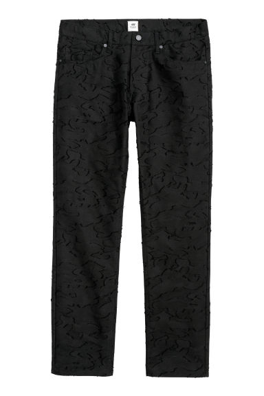 Jacquard-patterned trousers Model