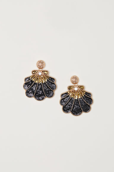 Shell-shaped earrings - Black/Gold-coloured - Ladies | H&M CN