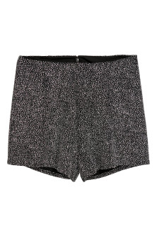 Glitzernde Shorts