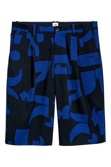 Knee-length shorts - Black/Blue patterned - Men | H&M