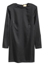 Short satin dress - Black - Ladies | H&M IE 2