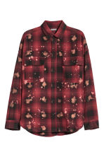 Oversized shirt - Red/Black checked - Men | H&M 2