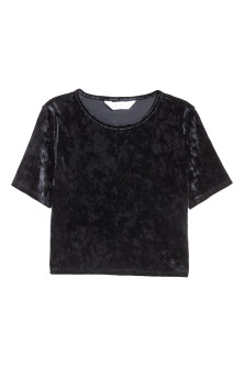 Generous fit Short velvet top