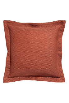 Diagonal-striped cushion cover