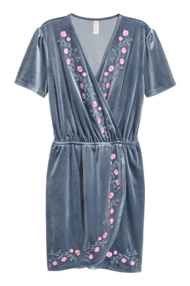Velour wrap dress - Pigeon blue - Ladies | H&M 1