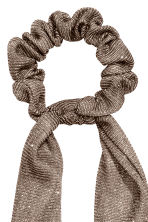 Velour scrunchie - Glittery gold-coloured - Ladies | H&M 2