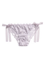 Lace bikini briefs - Lavender - Ladies | H&M IE 2