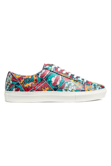 Patterned leather trainers Model