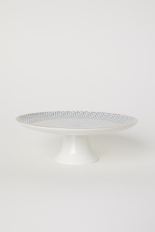 Porcelain cake stand