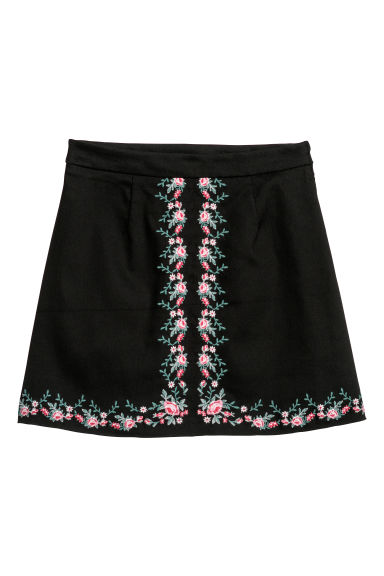Embroidered twill skirt Model