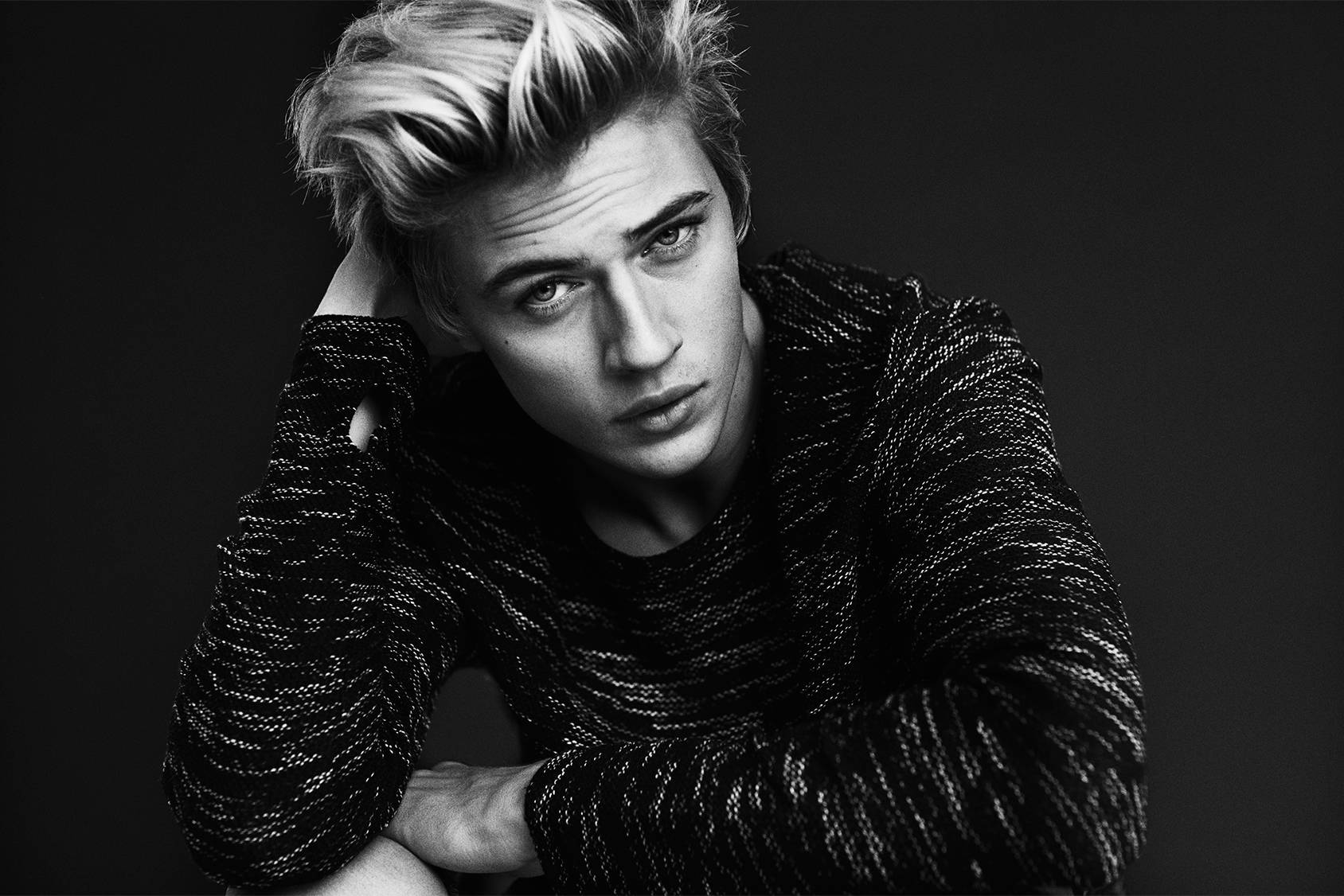 TOP MODEL SECRETS: LUCKY BLUE SMITH