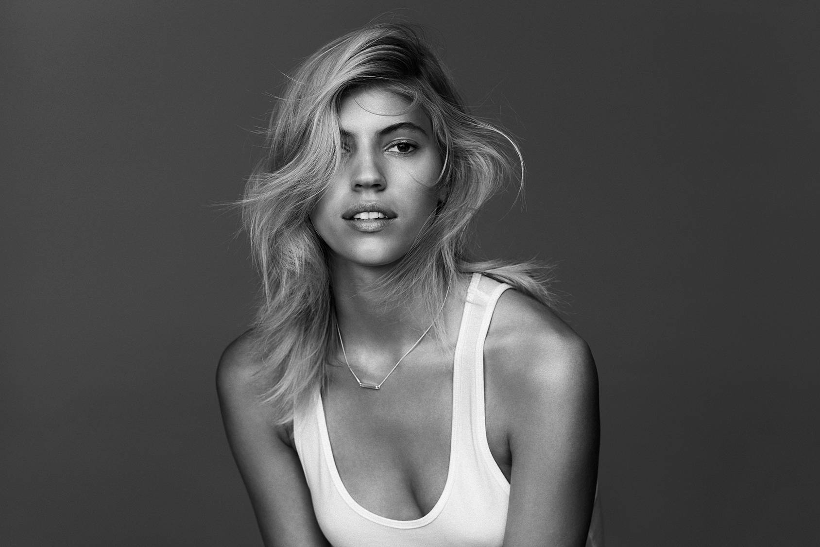 TOP MODEL SECRETS: DEVON WINDSOR