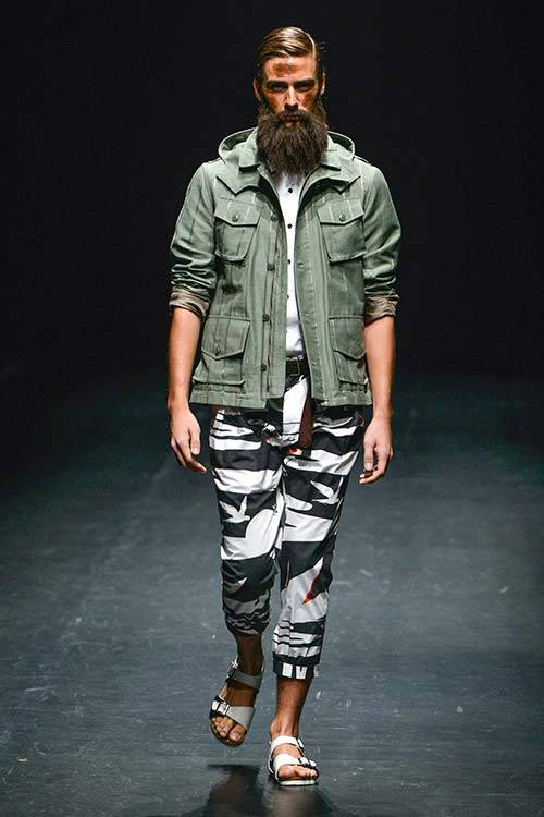The field jacket on the runway for Yoshio Kubo S/S 2015, All Over Press.