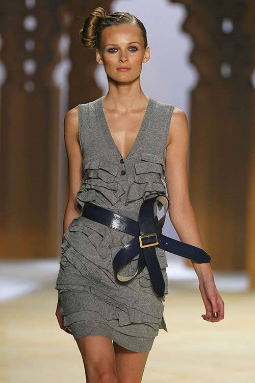 Edita Vilkevičiūtė on the runway for 3.1 Phillip Lim Spring 2009, Getty Images.