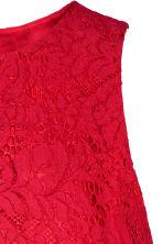 Robe rouge dentelle h et m