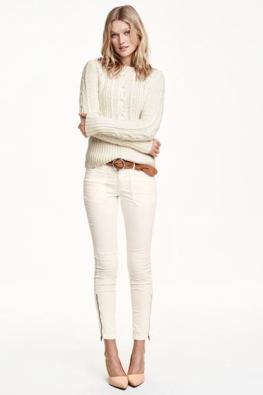 pantalon cargo blanc femme h m fr. Black Bedroom Furniture Sets. Home Design Ideas