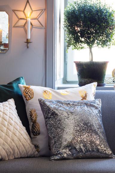 housse de coussin motif blanc ananas home all h m fr. Black Bedroom Furniture Sets. Home Design Ideas