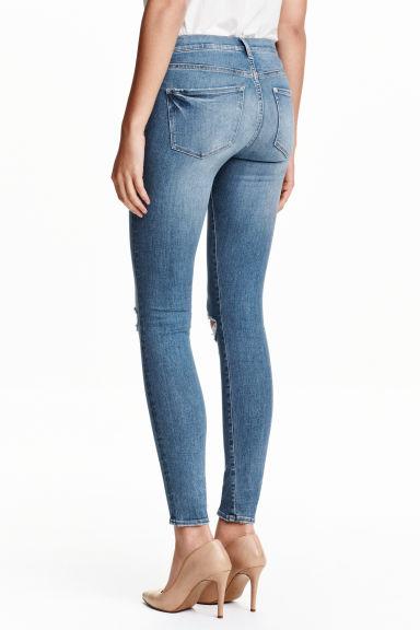 shaping skinny regular jeans light denim blue ladies h m gb. Black Bedroom Furniture Sets. Home Design Ideas
