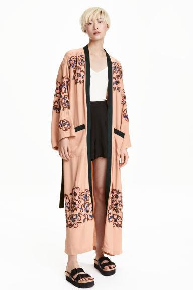kimono con cuentas beige empolvado h m es. Black Bedroom Furniture Sets. Home Design Ideas