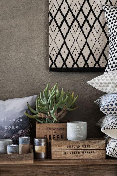 grande bougie parfum e pine forest home all h m fr. Black Bedroom Furniture Sets. Home Design Ideas