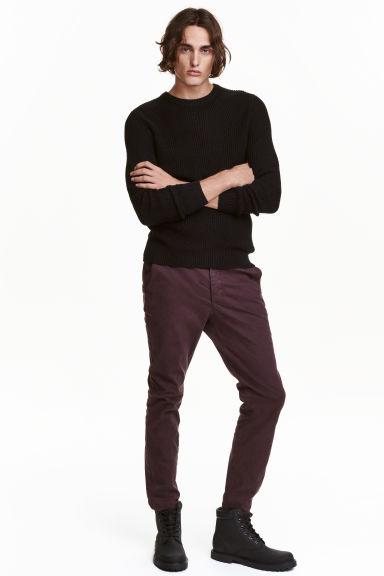 pantalon en coutil taille fine prune fonc h m ca. Black Bedroom Furniture Sets. Home Design Ideas