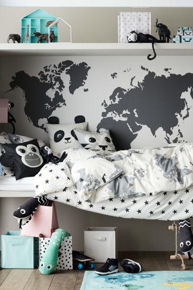 Funda n rdica con mapa mundo blanco animal home h m es for Fundas nordicas h m