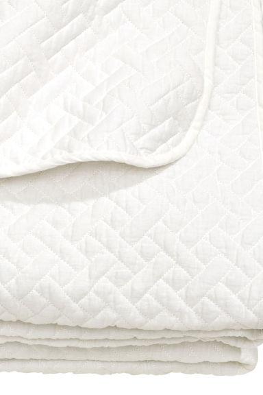 jet de lit double matelass h m. Black Bedroom Furniture Sets. Home Design Ideas