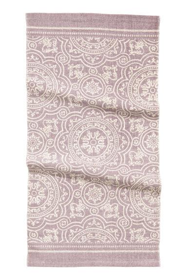tapis en coton motif vieux rose h m fr. Black Bedroom Furniture Sets. Home Design Ideas
