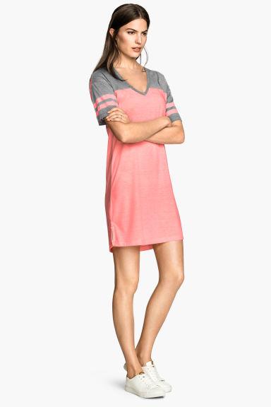 robe t shirt rose femme h m fr. Black Bedroom Furniture Sets. Home Design Ideas
