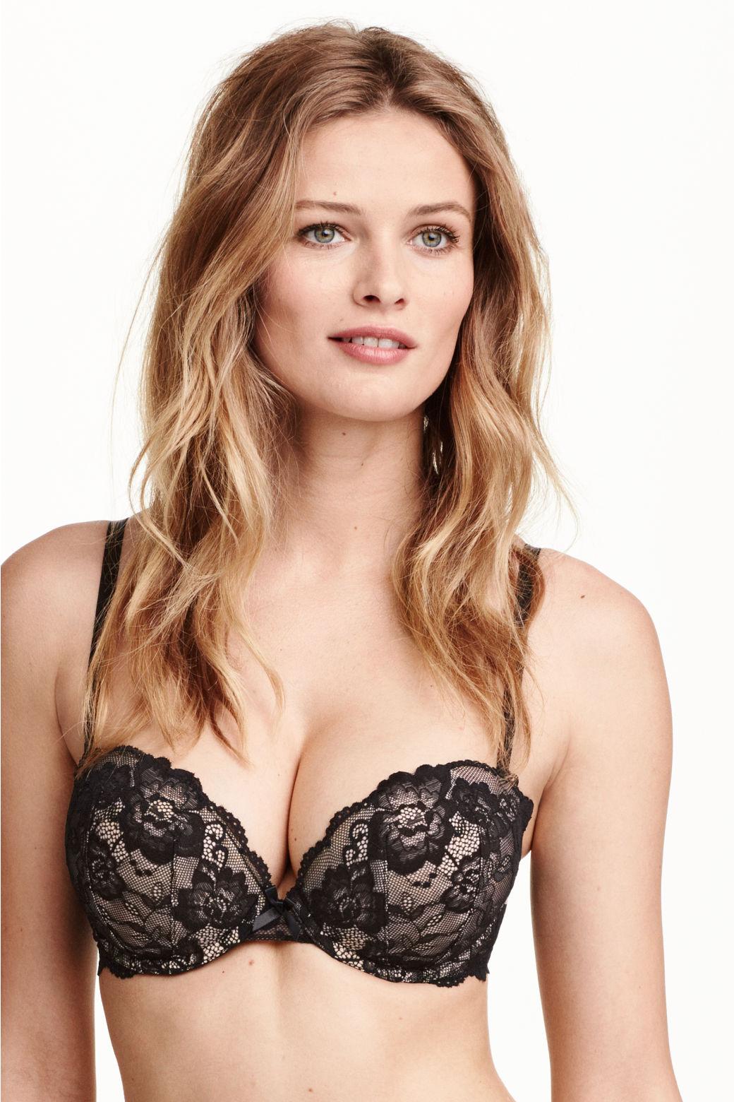 Votre soutien -gorge PUSH UP Fitness! Avec une conception respirante et confortable. Il est idéal pour les séances de sport! Disponible en Noir, Bleu, Vert, Chair, Rose, Chair, Violet, Gris Caractéristiques: Soutien-gorge adhésif ultra léger et confortable Bonnets souples avec adhésif en silicone Taille S, M, L.