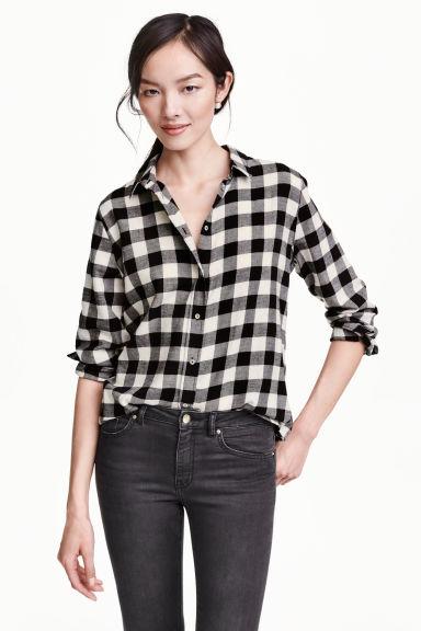 chemise en flanelle noir carreaux h m fr. Black Bedroom Furniture Sets. Home Design Ideas