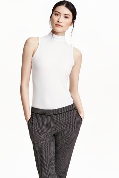 Ribbed polo-neck top - White - Ladies | H&M CN 1